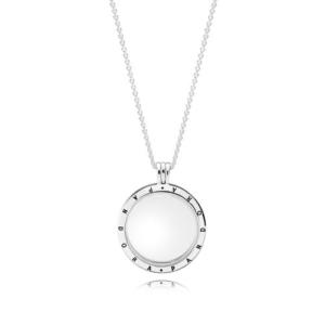 Srebrny naszyjnik Pandora Petite Memories z otwieranym medalionem 590530