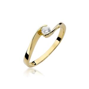 Pierścionek zaręczynowy z żółtego złota pr.585 z brylantem 0,13ct